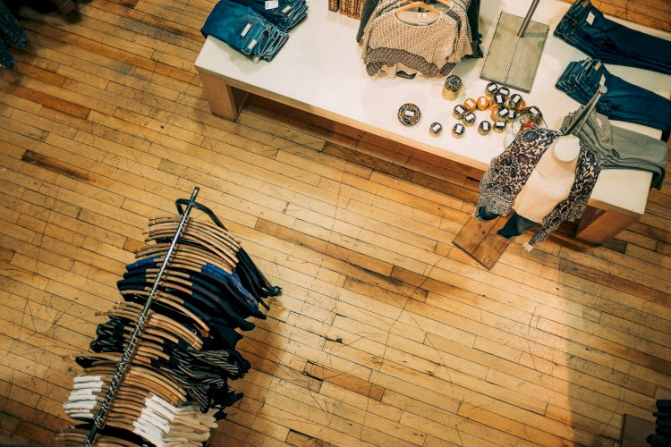 Top online stores to buy the trending clothes