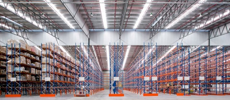 What Kinds of Businesses Should Use Pallet Racking?