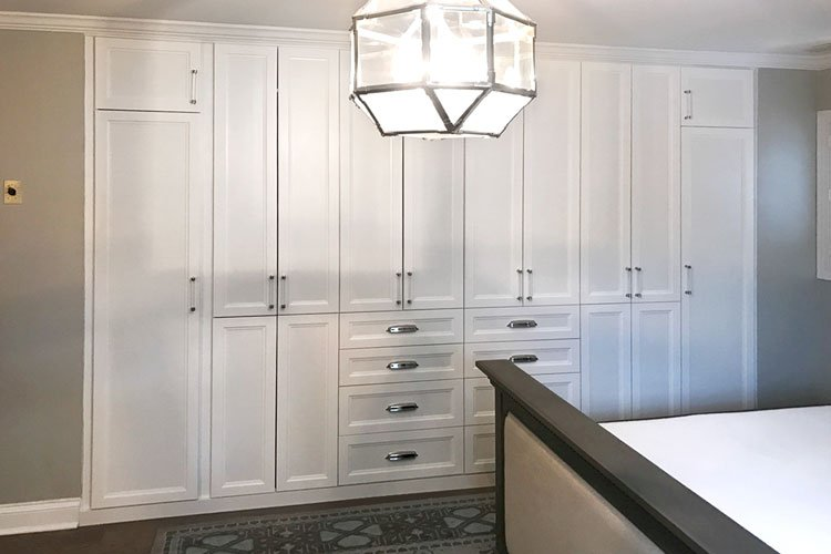 Stay Organized With Your Built-in Wardrobes