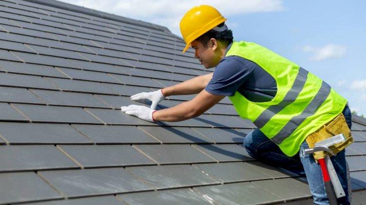 Hiring a Roof Leak Repair Specialist