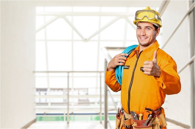 When You Need the Help of Expert Electricians?