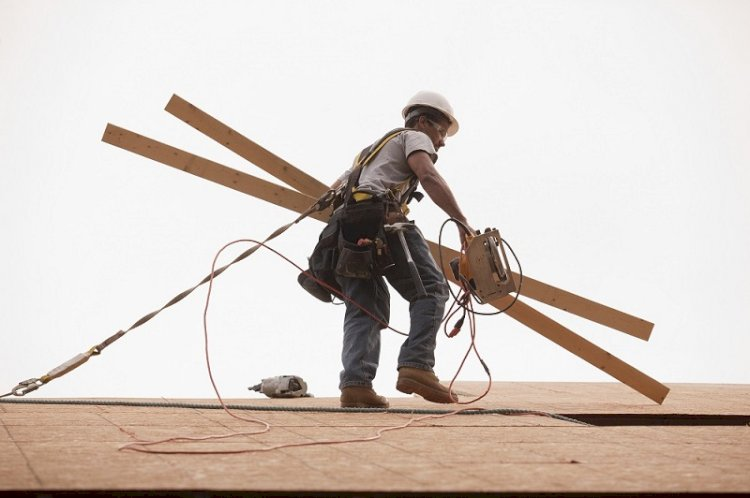Roofing and The Hazards Involved: Necessary Safety Measures to Be Taken