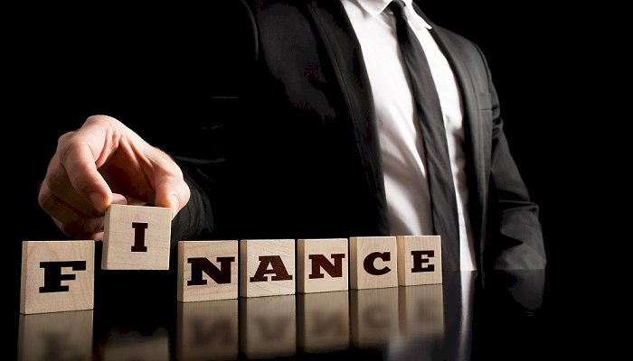 Top Reasons To Choose The Money Lenders For The Equipment Loans