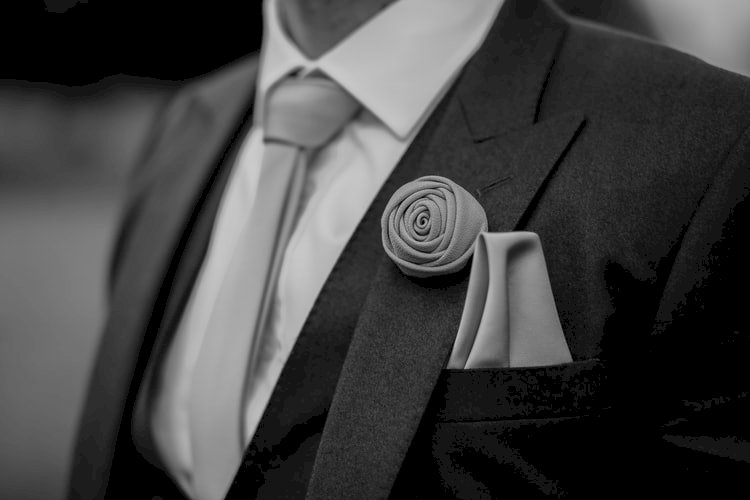 Tips To Folding A Pocket Square