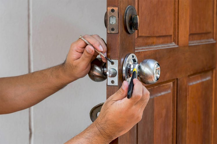 How much does a locksmith cost in 2020?