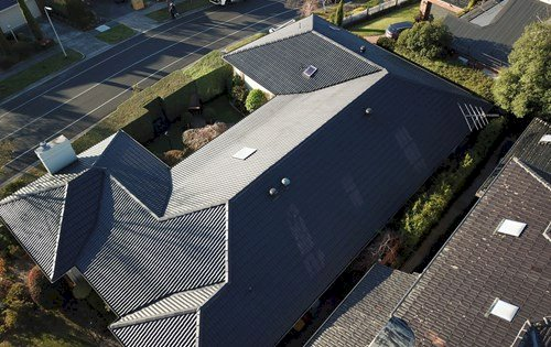 How to Select Best Roofing Contractor to Fit Your Requirements?