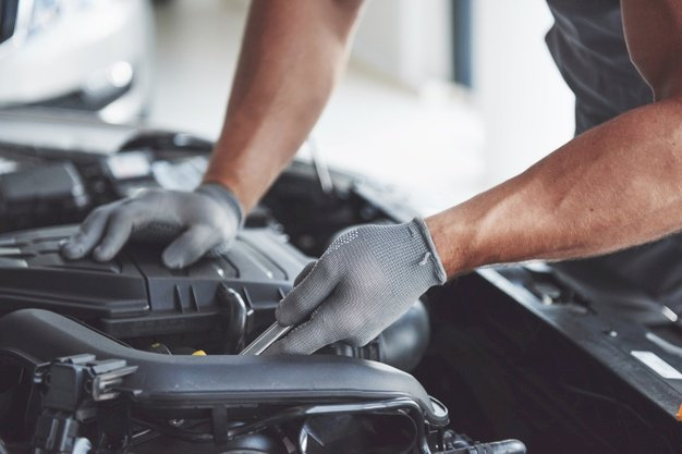 Motorhomes & Caravans - Universal RV Maintenance Tips!