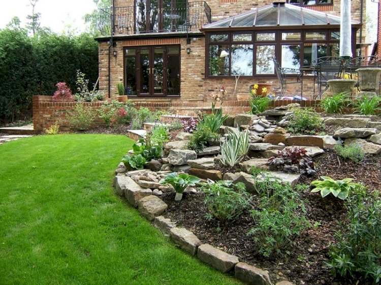 The Various Uses of Sandstone Rock You Should Know About