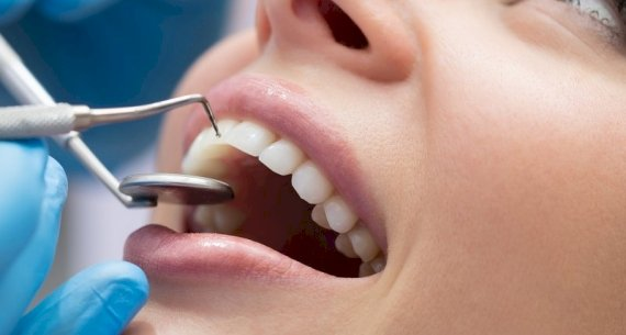 Is it Better to Go to a General Dentist or a Specialist?